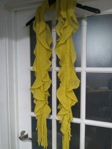 Accessories - Yellow scarf